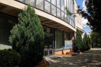 Baza Hotelowa Nowe Horyzonty