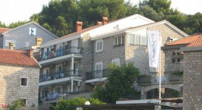 Apartments Mitrovići Miločer