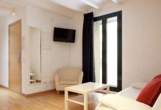Aspasios Verdi Apartments