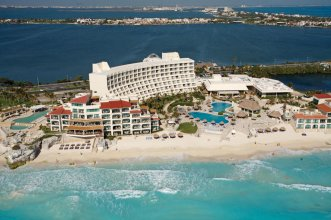Grand Park Royal Luxury Resort Cancun Caribe