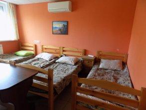 Hostel Geo
