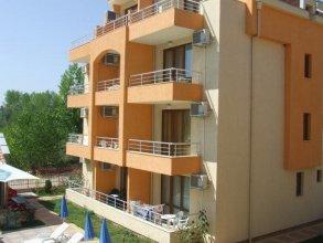 Sunny Village Apartment