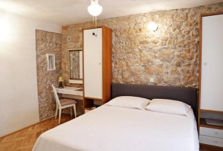 Pinta Apartments