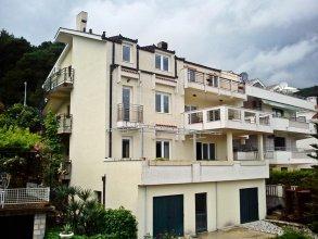 Apartments Danilo