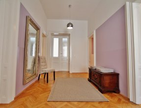 Exclusive Apartment Rathaus