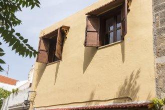 Zografos Apartment's - Old Town