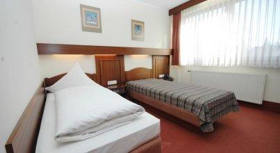 Hotel Am Hafen Garni