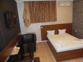 VAN Hotel