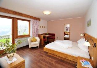 Michael am Waal Apartments