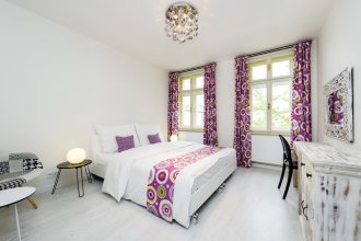 EMPIRENT Mucha Apartments