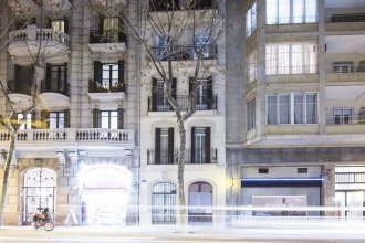 Centric Passeig Gracia Renovated & Authentic