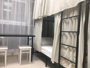 Xl Hostel