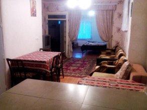 At Kechareci Holiday Home