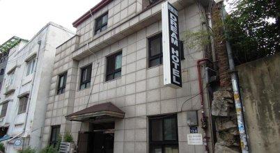Myeongdong Dream Hotel