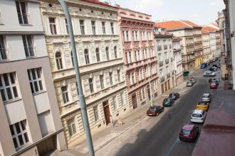 Budget Rehorova Apartments