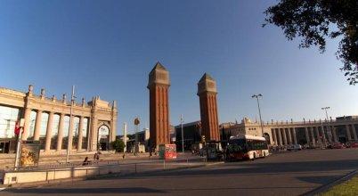BarcelonaForRent Gran Via Deluxe