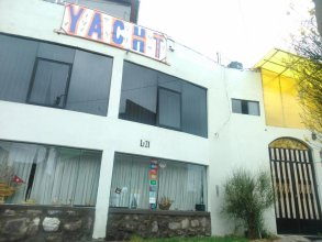 Yacht Lago Titicaca