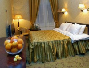 Royal Hotels and SPA Resorts Променад