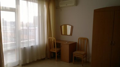 Evgeny's Apartment In Sunny Day 2