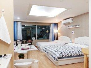 Hongdae One House