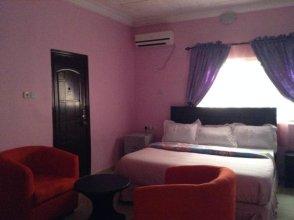 Riana Star Hotel
