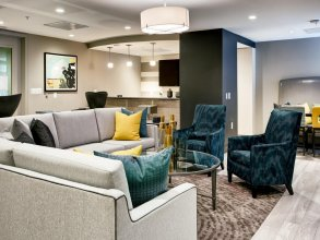 Global Luxury Suites at The Palatine