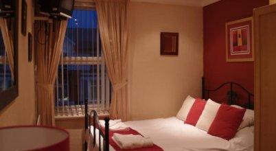 Guyz Hotel