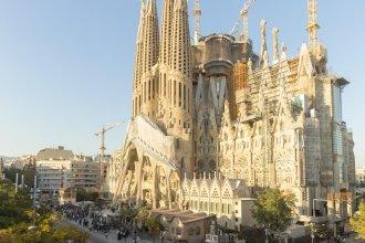 Watching Sagrada Familia
