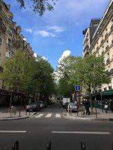 Studio Montmarte/ Moulin Rouge