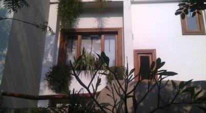 Ahuja Residency Casa