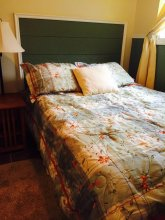 Mountain Driftwood Gallery & Lodging