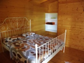 Filoxenia Wooden Rooms