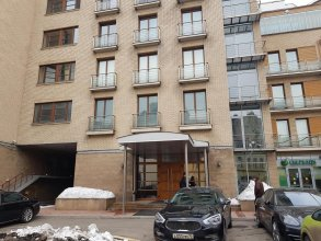 Отель InterQUBE Большая Полянка