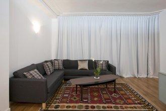 Rambuteau Apartment