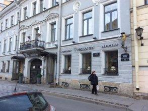 Apartments on Naberezhnaya Reki Moyki 14