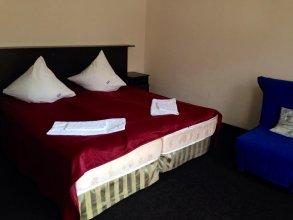 Hotel Dombay