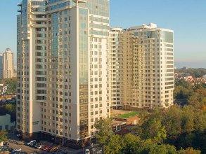 Arkadia Pearl Apartment