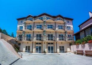 Kedrovaya Roscha Hotel
