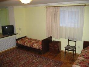 Apartaments on Shirokaya 36