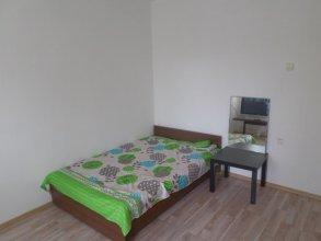 AG Apartment Bolshevikov 5