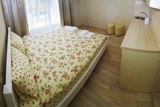 Mini Hotel on Yevreyskaya