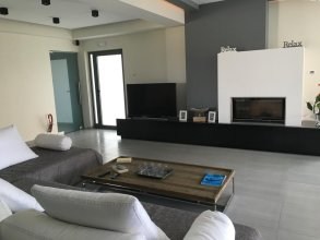 Ionion Beach Apartment Hotel