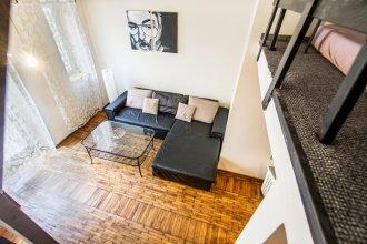 Slaska Apartment