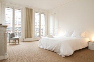 Notre Dame - Sorbonne Area Apartment