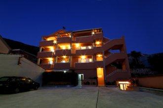 Apartments Fjondra