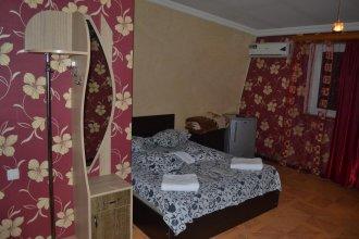 Hotel Rica
