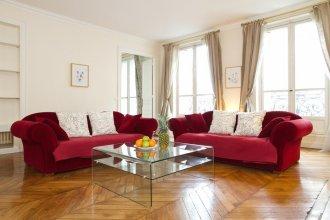 Saint Germain - Rue de Rennes Apartment