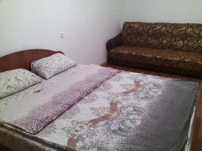 Apartments on Sergeya Maksutova