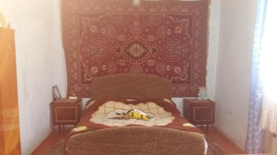 Small Bari House in Tsaghkadzor
