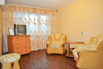 Apartment on Lva Tolstogo